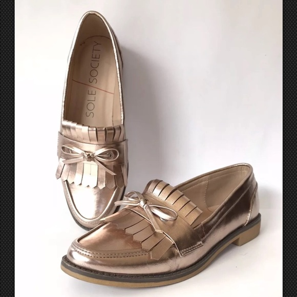 0543dfb76c9 SOLE SOCIETY Metallic Rose Gold HUXLEY Loafer. M 5ac6aa51a6e3eac94ab0f813